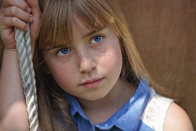 后天自闭症如何形成的如何预防自闭症