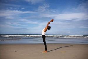 肩颈理疗瑜伽的好处为什么要坚持做肩颈理疗瑜伽